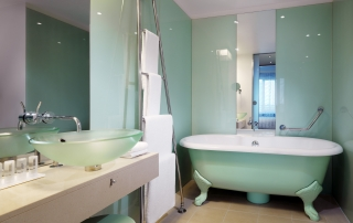 Le Meridien Hotel Hamburg Superior Deluxe Bathroom