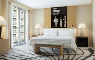 Le Meridien Hotel München Junior Suite Bedroom
