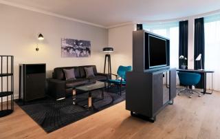 Le Meridien Hotel Stuttgart Junior Suite Livingroom