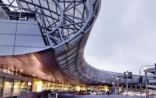 Sheraton Hotel Düsseldorf Airport Außenansicht Terminal