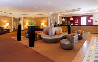 Sheraton Hotel Düsseldorf Airport Lobby Rezeption