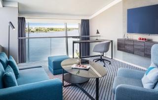 Panorama Suite im Le Méridien Hotel Hamburg mit Alsterblick