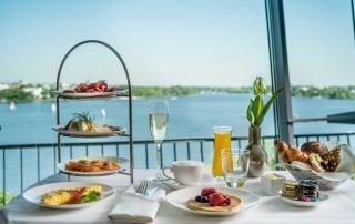 Room Service Frühstück im Le Méridien Hotel Hamburg
