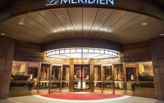 Eingang Le Méridien Hotel Stuttgart